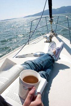 936f717ef2b27bbf975776c3907e40e3--good-morning-coffee-morning-bed